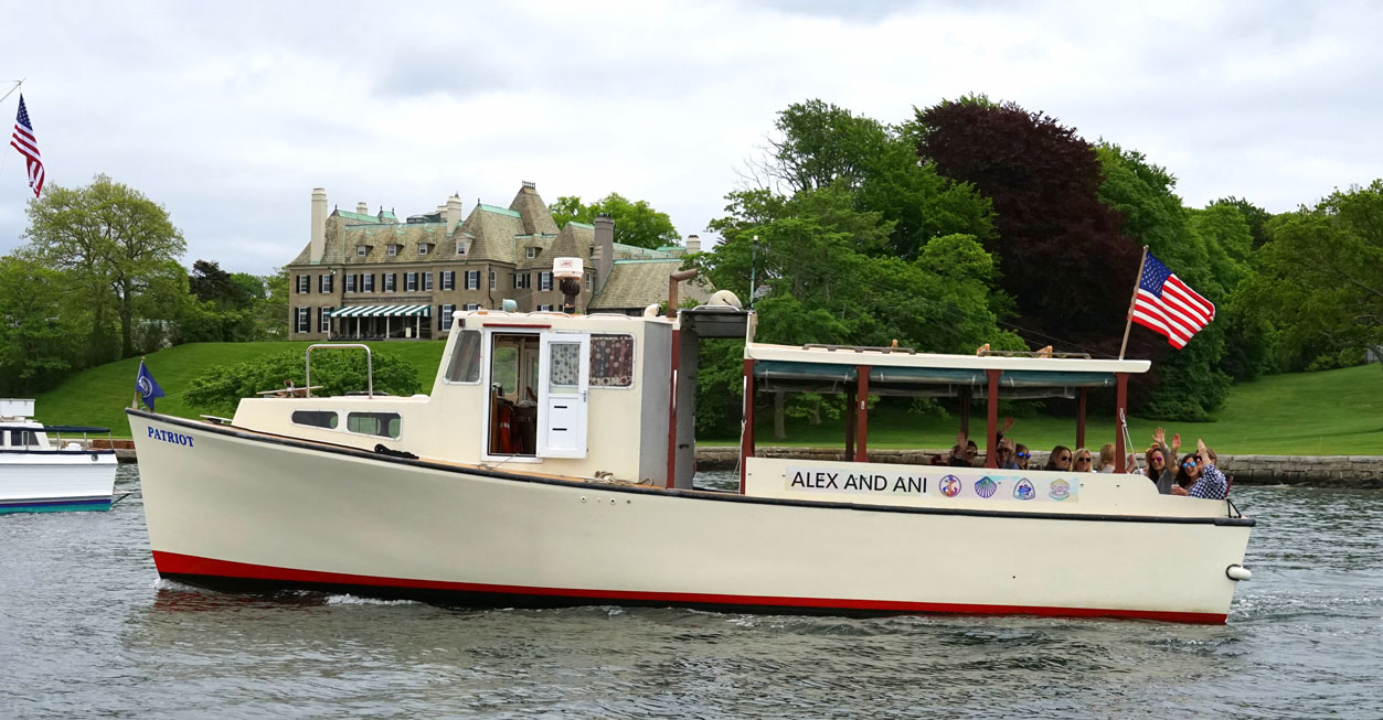 newport-bachelorette-cruises-8